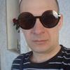 олег, 44, г.Лесной